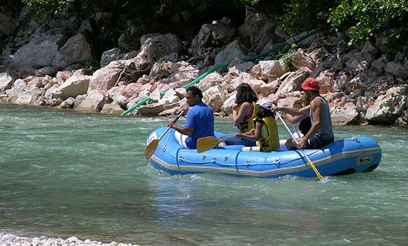 Rafting at river Acheron